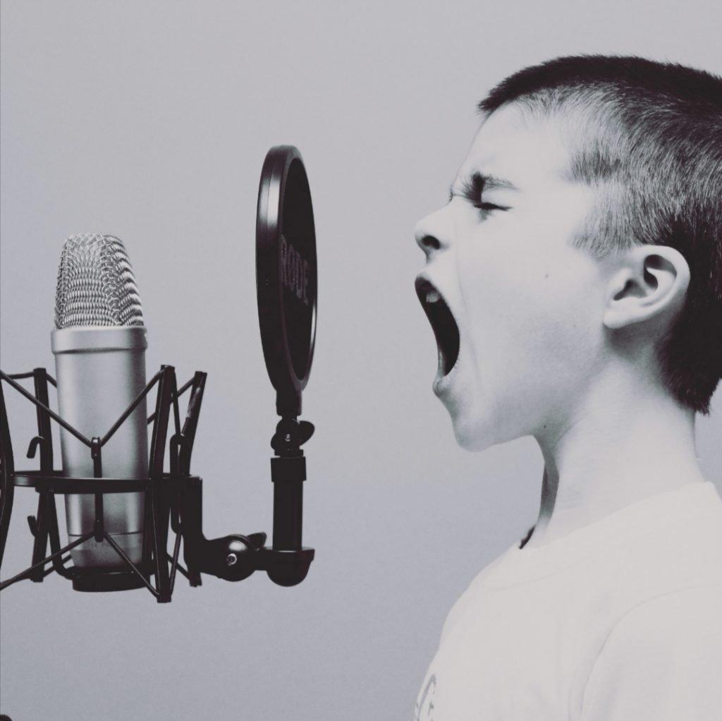 tu niño interior te grita; ¡No huyas!