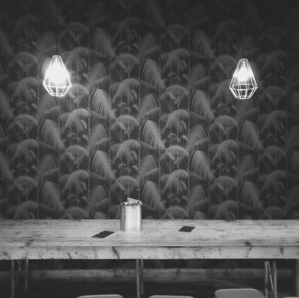 las mesas malditas